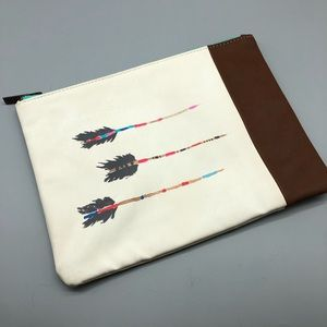 Tom's Arrow print canvas vegan leather pouch